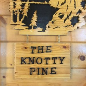 Knotty Pine Cafe Logo